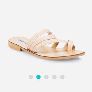 🌷Steve Madden Sandals Sz 9🌷